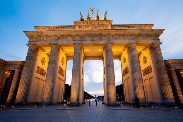 Gospodarka Niemiec słabnie. Berlin. Brama Brandenburska /©123RF/PICSEL