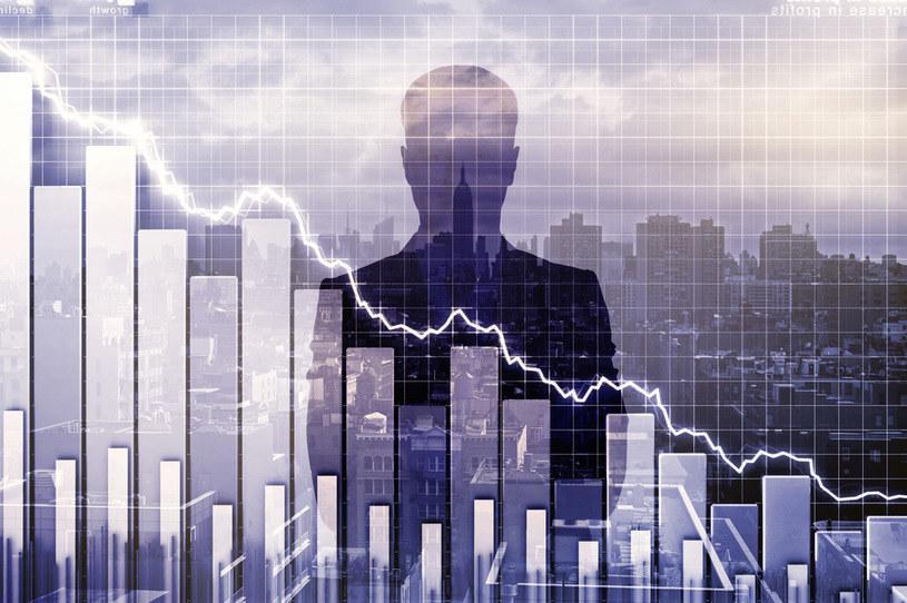 Gospodarka światowa idzie w recesję /123RF/PICSEL