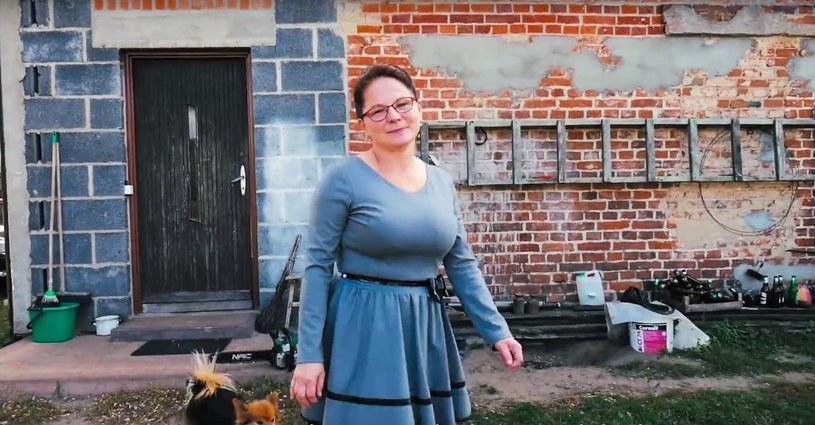 """Gospodyni, sołtyska, radna, babcia, a do tego """"SuperW"""" -  Małgorzata Kopaczewska /Szlachetna Paczka/YouTube /"""