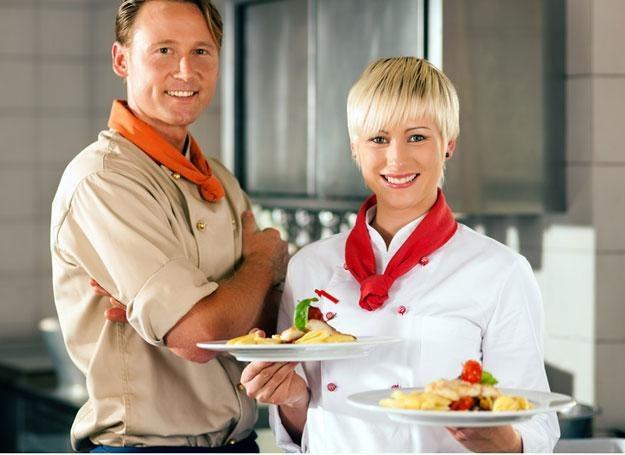 Gotowane potrawy dostarczają więcej energii /© Panthermedia
