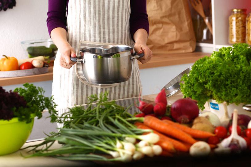 Gotowanie warzyw /©123RF/PICSEL
