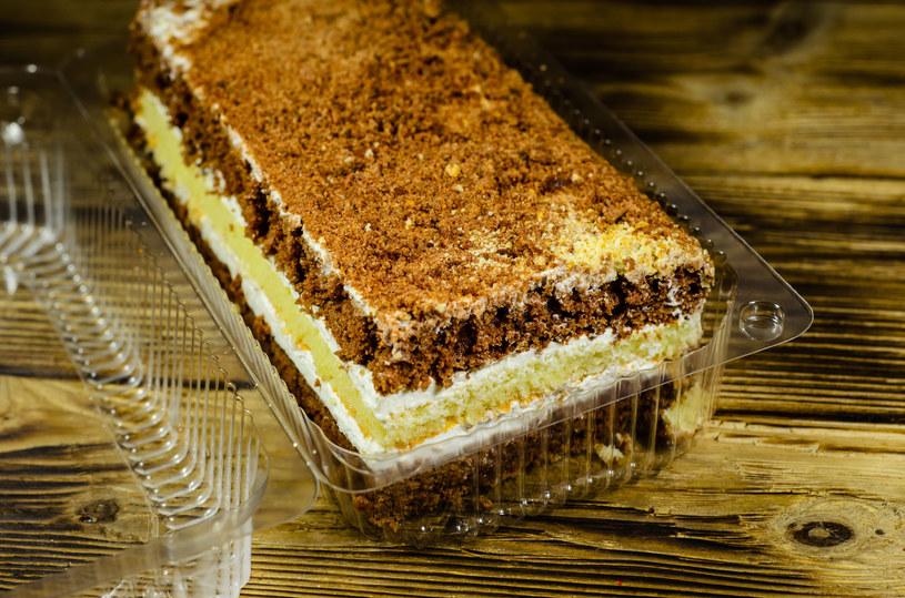 Gotowe ciasta zawierają mnóstwo cukru lub syropu glukozowo-fruktozowego /123RF/PICSEL