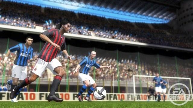 Gra oferuje poprawioną fizykę piłki i zmodyfikowane algorytmy sztucznej inteligencji zawodników /Informacja prasowa