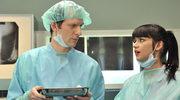 Gra przystojnego ginekologa