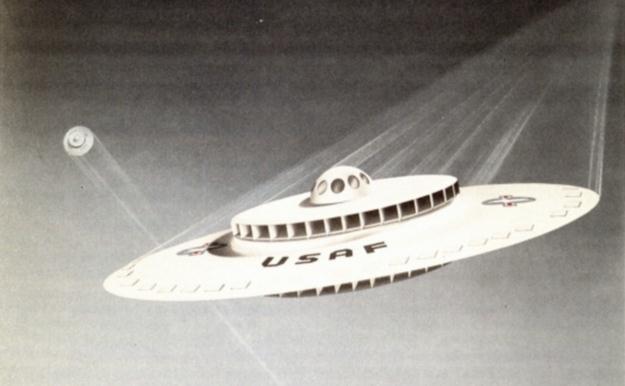 Grafika z odtajnionych akt projektu budowy statku w kształcie spodka.   Fot. USAF /materiały prasowe