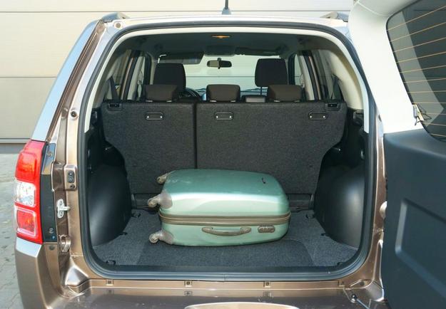 grand vitara bagażnik /Motor