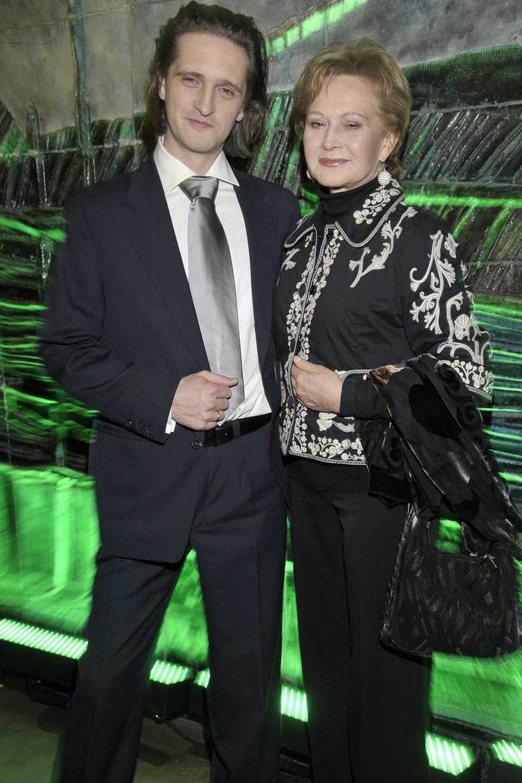 Grażyna Barszczewska z synem, operatorem filmowym Jarosławem Szmidtem /AKPA