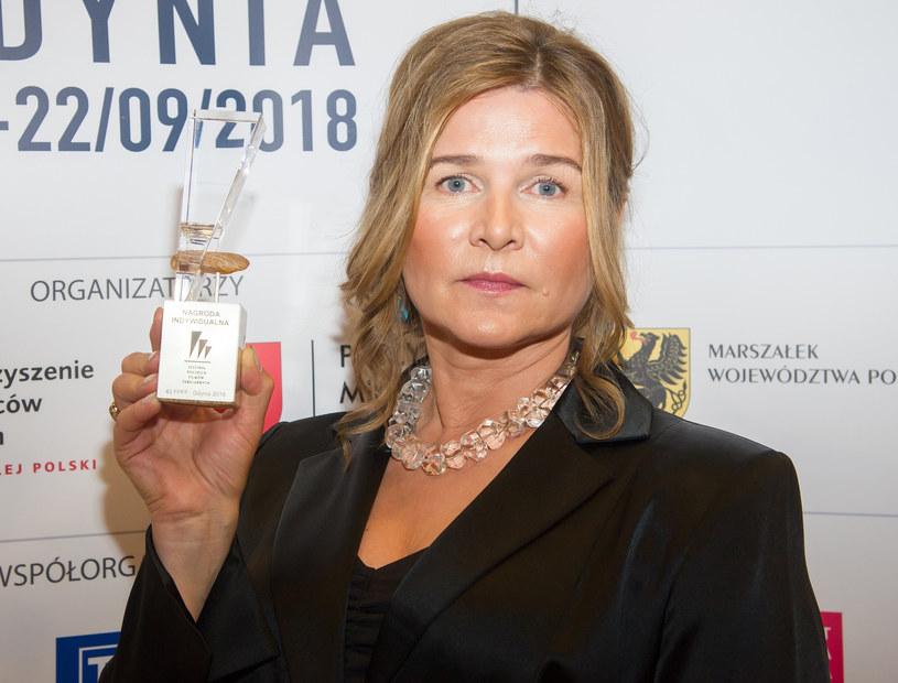 Grażyna Błęcka-Kolska z nagrodą dla najlepszej aktorki /Wojciech Stróżyk /Reporter