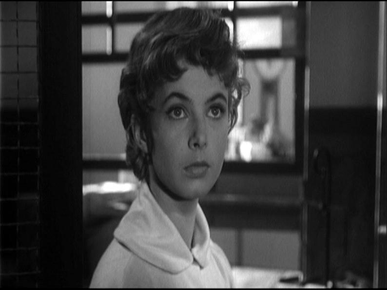 """Grażyna Staniszewska w filmie """"Krzyż walecznych"""" (1958) /materiały prasowe"""