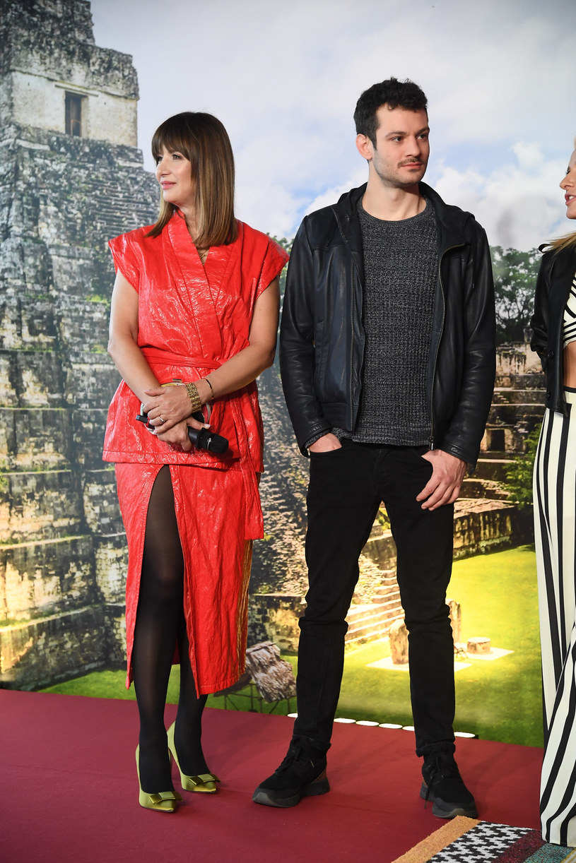 """Grażyna Wolszczak z synem na konferencji prasowej programu """"Ameryka Express"""" /Mateusz Jagielski /East News"""