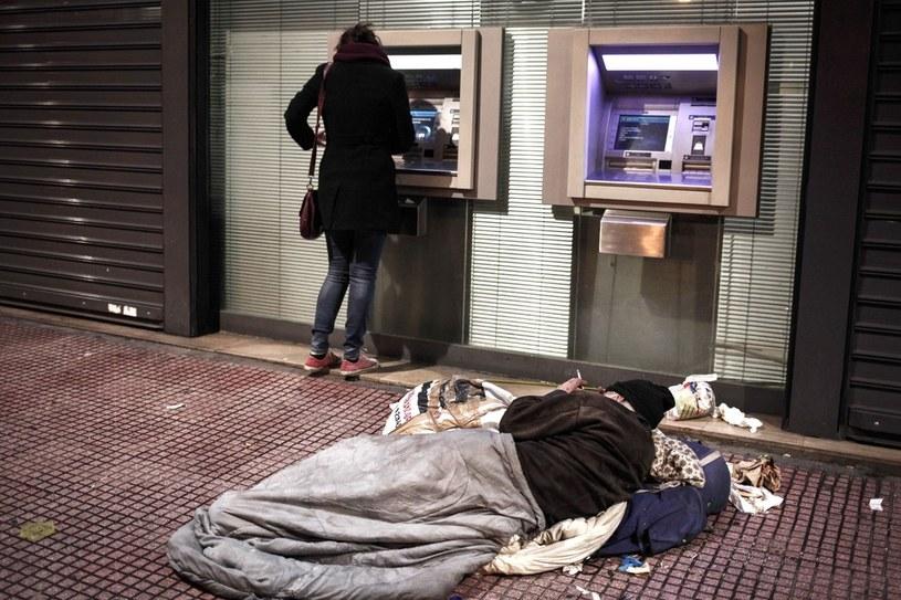 Grecja jest w poważnych tarapatach, a jej władze - i europejskie rządy - wciąż nie wiedzą jak poradzić sobie z tym problemem /East News
