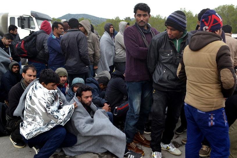 Grecja: Kto zarabia na kryzysie migracyjnym? /PAP/EPA