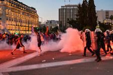 Grecja: Protest przeciwko obostrzeniom. Policja użyła gazu i armatek wodnych