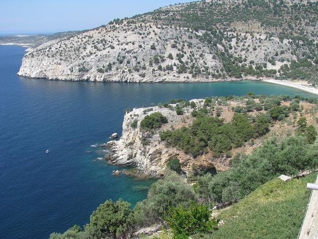 Grecka wyspa Thasos ma cudowną wodę /INTERIA.PL