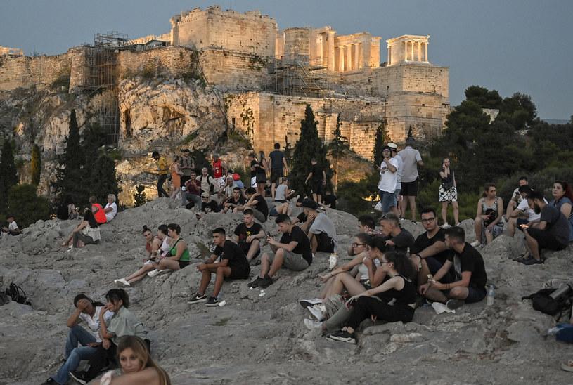 Grecki rząd zachęca młodych ludzi do szczepień /LOUISA GOULIAMAKI /AFP