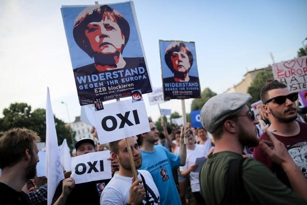 """Grecy powiedzieli oszczędnościom """"nie"""". W Europie negocjacyjny maraton"""