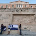 Grecy w pośpiechu uchwalają ratunkowe ustawy