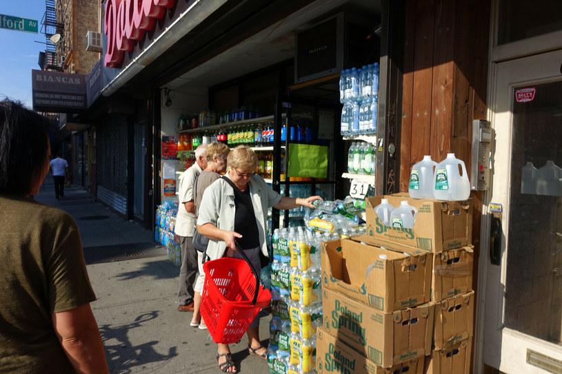 Greenpoint bezpowrotnie zmienia swoje oblicze /Wojtek Laski/East News /East News
