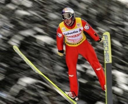 Gregor Schlierenzauer oddał dwa najlepsze skoki /AFP