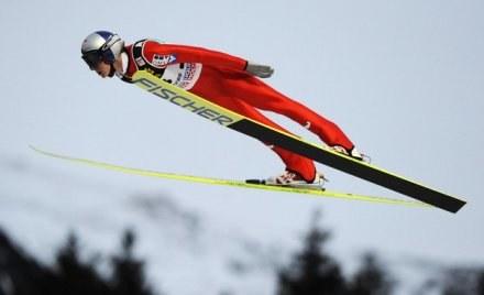 Gregor Schlierenzauer skakał najdalej na treningu. /AFP