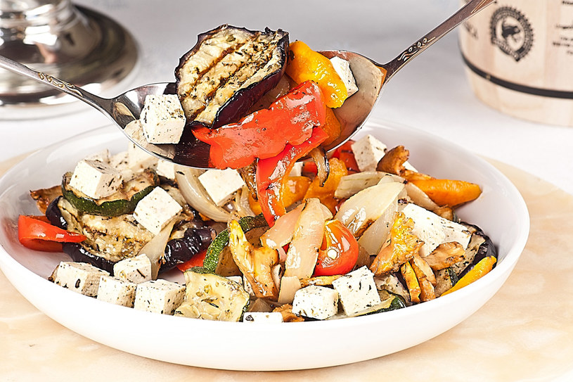 Grillowane warzywa z tofu /Styl.pl