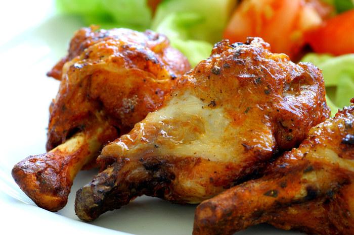 Grillowany kurczak z kurkumą /123RF/PICSEL