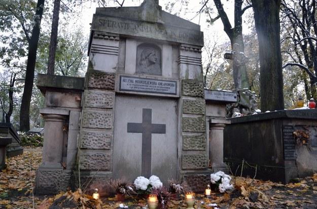 Grób aktorki Heleny Modrzejewskiej na Cmentarzu Rakowickim w Krakowie /Malwina Zaborowska /Archiwum RMF FM
