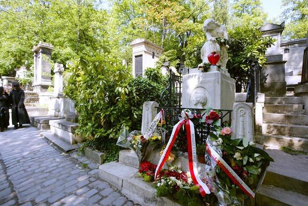 Grób Fryderyka Chopina na paryskim cmentarzu Pere-Lachaise /AFP