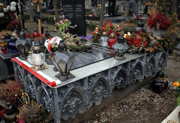 Grób Janusza Kurtyki, fot. M. Lasyk /Reporter