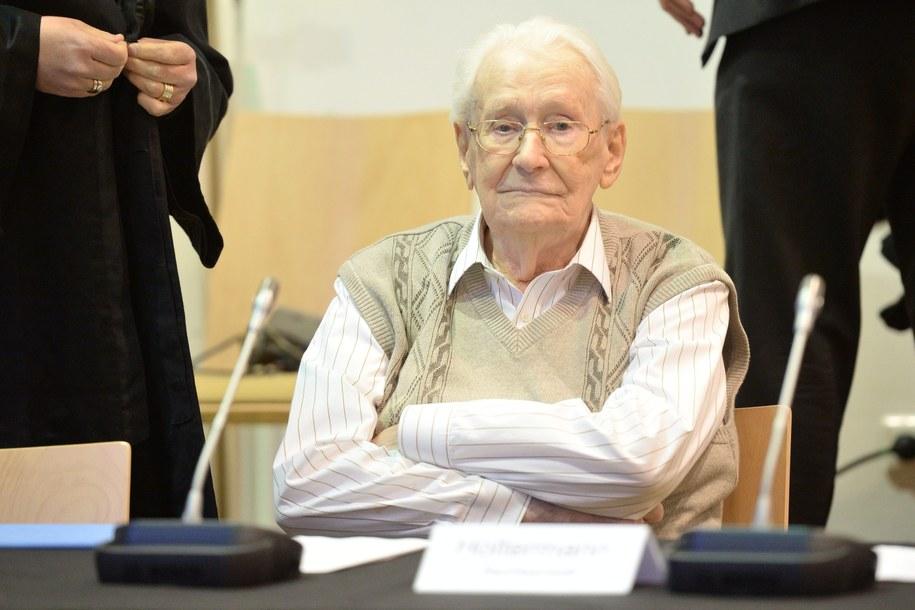 Groening przyznaje, że w KL Auschwitz popełniane były zbrodnie, uważa jednak, że on sam jest niewinny /Julian Stratenschulte /PAP/EPA