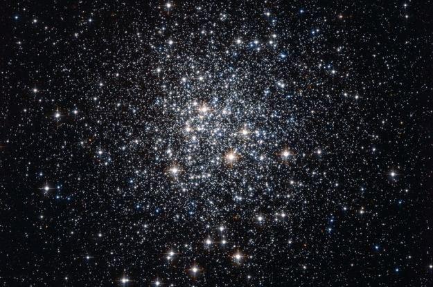 Gromada M72 /NASA