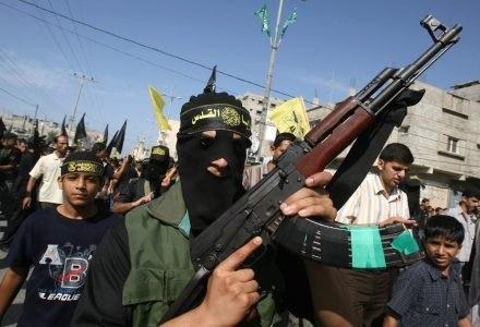 Gromadzenie wszystkich informacji o terrorystach w jednym miejscu - czy to ma sens? /AFP
