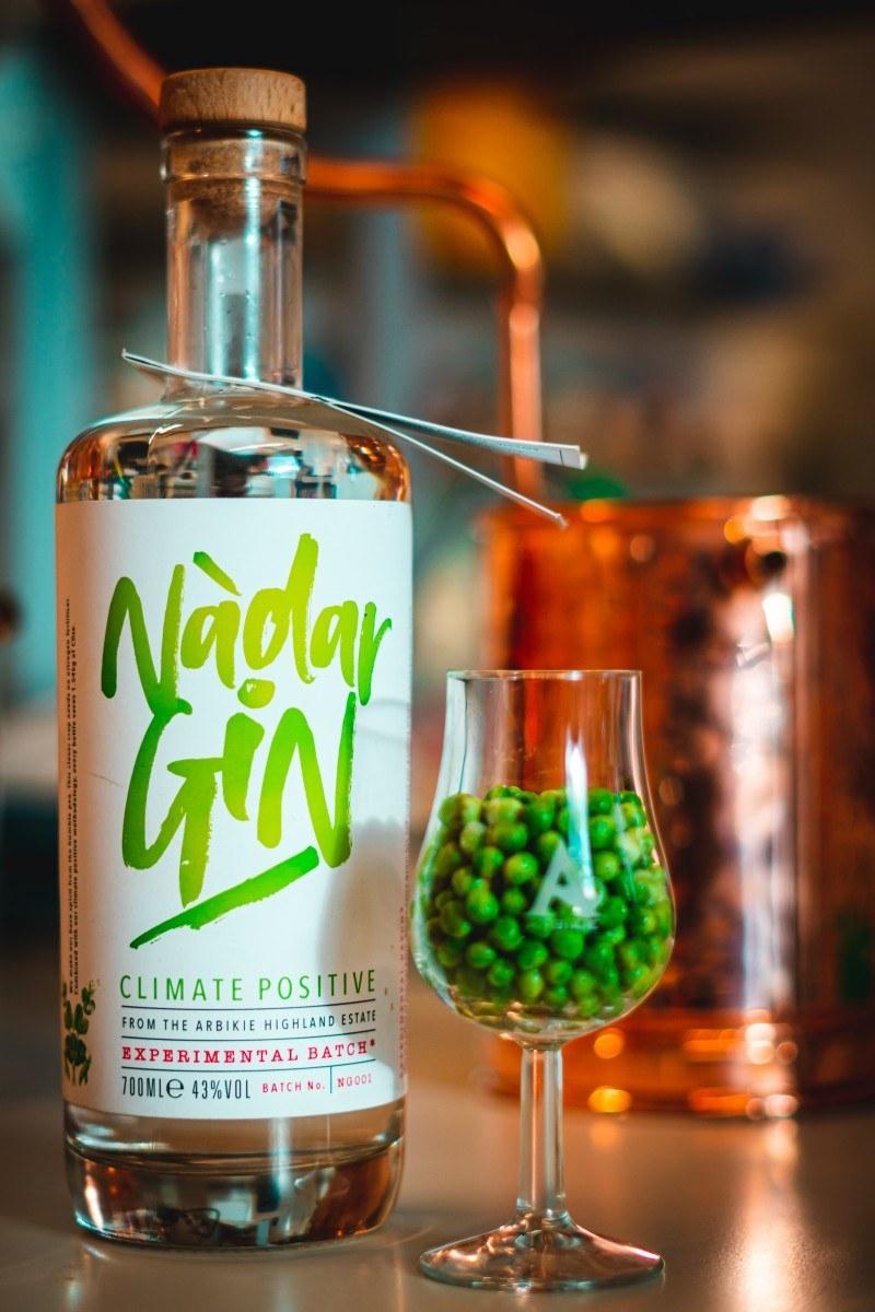 Groszkowy gin z  Arbikie Distillery /materiały prasowe