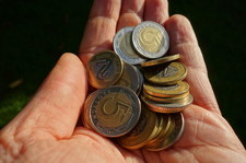 Groszowe świadczenia psują system emerytalny