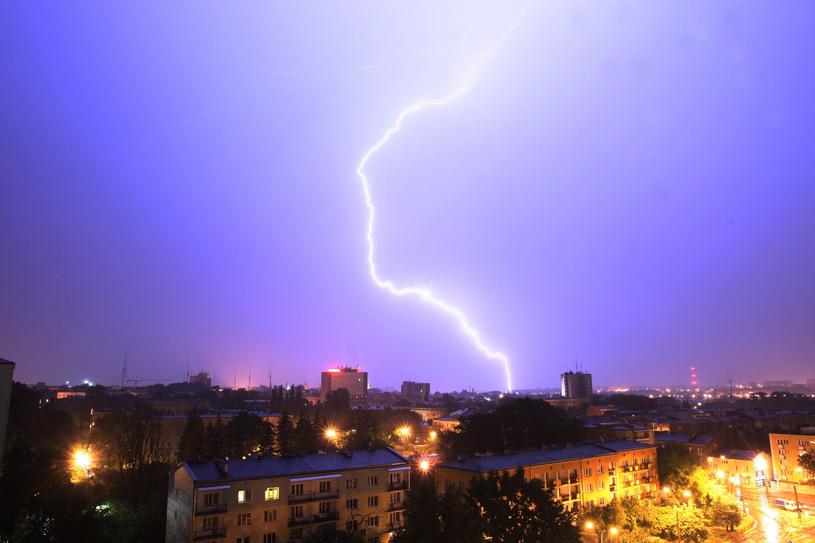 Groźne burze przejdą w nocy nad Polską /Orzechowski /East News