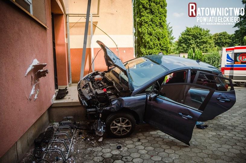 Groźny wypadek w Ełku. Źródło: Ratownictwo Powiatu Ełckiego /facebook.com