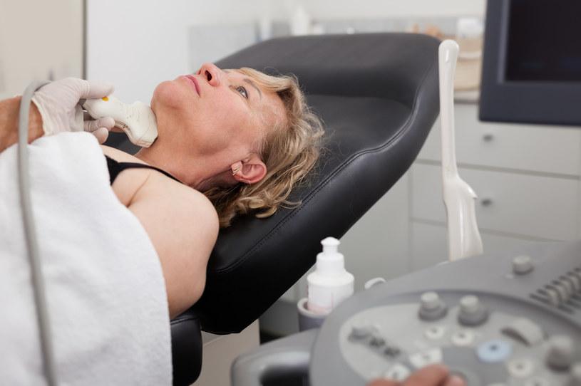 Gruntowne badania stanu zdrowia mogą pomóc w odnalezieniu przyczyny nadwagi /123RF/PICSEL