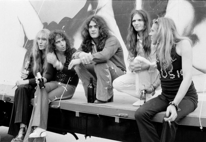 Grupa Alice Cooper w 1972 r. - od lewej: Neal Smith, Alice Cooper, Michael Bruce, Dennis Dunaway i Glen Buxton /Michael Putland /Getty Images