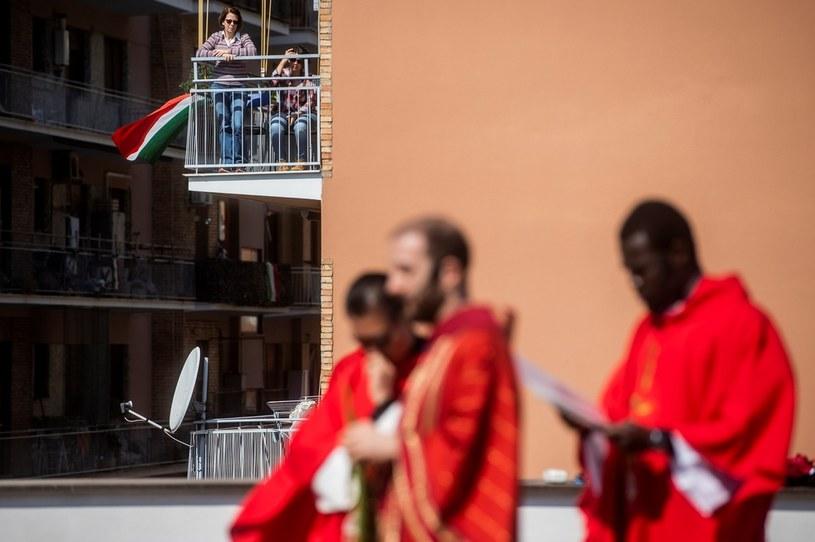 Grupa księży podczas procesji w Niedzielę Palmową, Rzym 2020 r. /Alessandro Serrano'/AGF/Universal Images Group /Getty Images