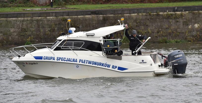 Grupa Specjalna Płetwonurków RP rozpoczęła w Krakowie poszukiwania w Wiśle szczątków zamordowanej 18 lat temu Katarzyny Z. /Jacek Bednarczyk /PAP