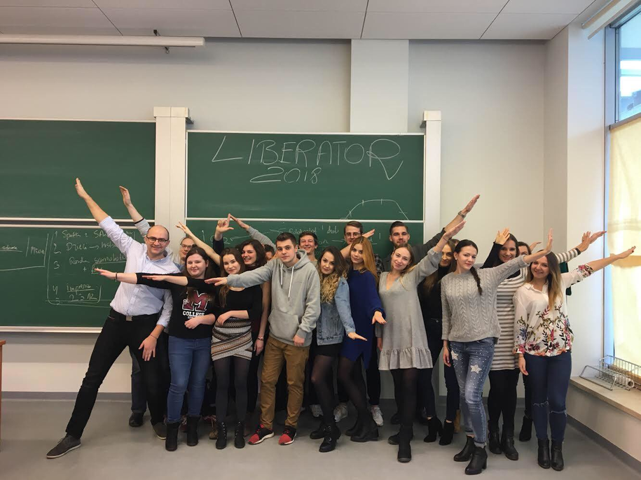 Grupa studentów Uniwersytetu Jagiellońskiego /Materiały prasowe