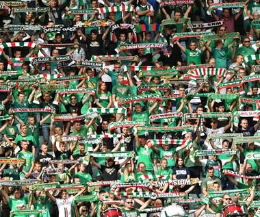 Gryf Wejherowo i Śląsk Wrocław ukarane za skandaliczne zachowanie swoich fanów