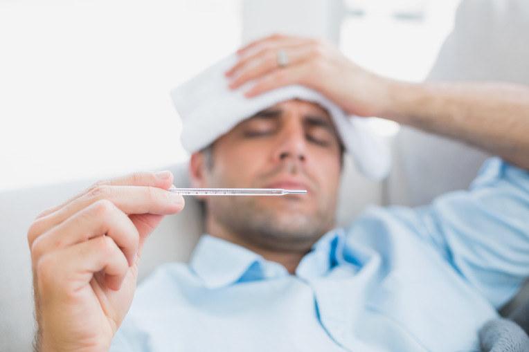 grypa czy przeziębienie /© Photogenica