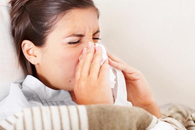 grypa objawy i leczenie - krok 1 /© Photogenica