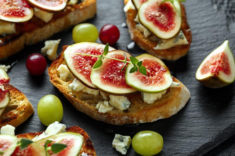 Grzanki z figami i gorgonzolą /123RF/PICSEL