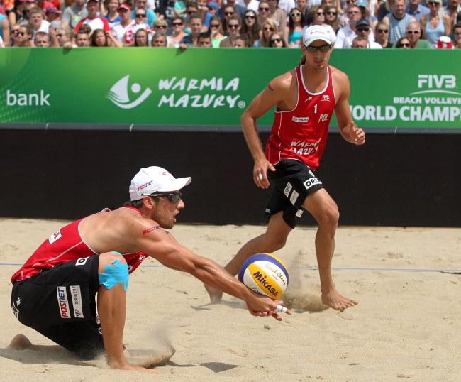 Grzegorz Fijałek (z lewek) i Mariusz Prudel /Tomasz Waszczuk /PAP