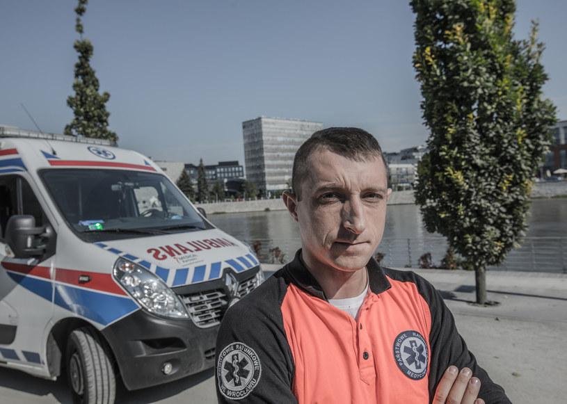 """Grzegorz Hummel w programie """"Wspaniali ludzie"""" /Polsat"""