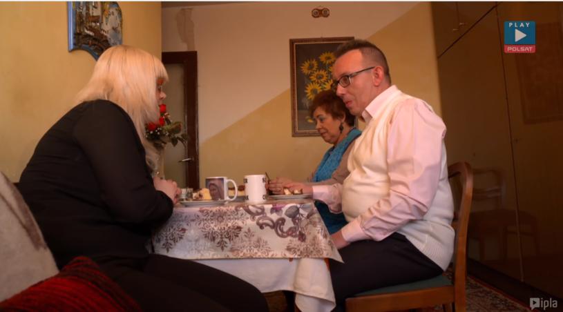 """Grzegorz i Agnieszka z mamą """"Pączusia"""" /Polsat Play/Ipla /Polsat"""