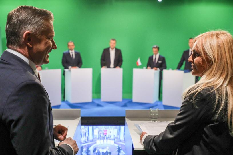 Grzegorz Kajdanowicz i Monika Olejnik podczas debaty w TVN24 w 2019 r. /Piotr Molecki /East News