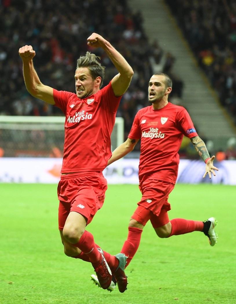 Grzegorz Krychowiak cieszy się z gola dla Sevilli /PAP/EPA